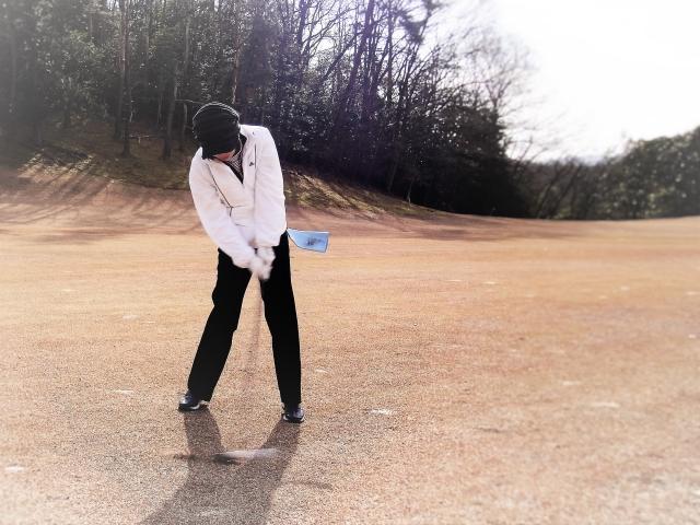 ゴルフのスイングの基本と基礎:「ビギナーでもボールが曲がらず正しいスイングが身に付く17の知識」